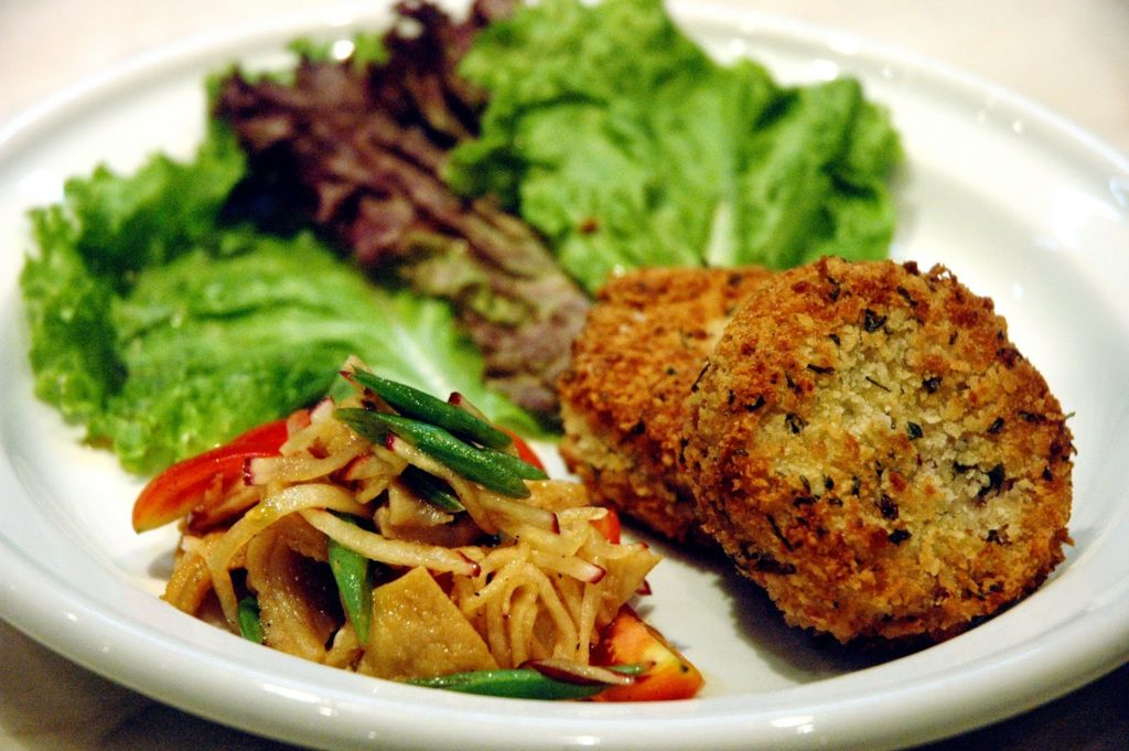 chef-bruce-lim-gretchen-barretto-and-tony-boy-cojuangco
