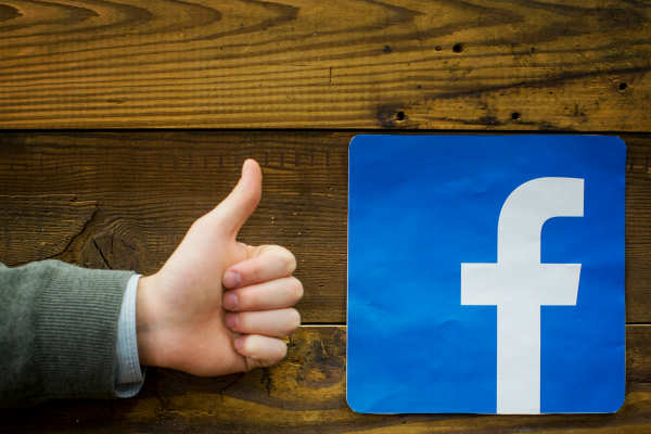 facebook-thumbs-up