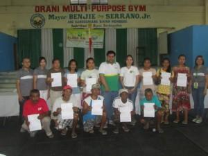 Awarding of MDR to NHTS families in Orani, Bataan