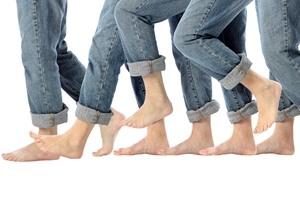 150915-Barefoot-Legs-In-Motion-lg