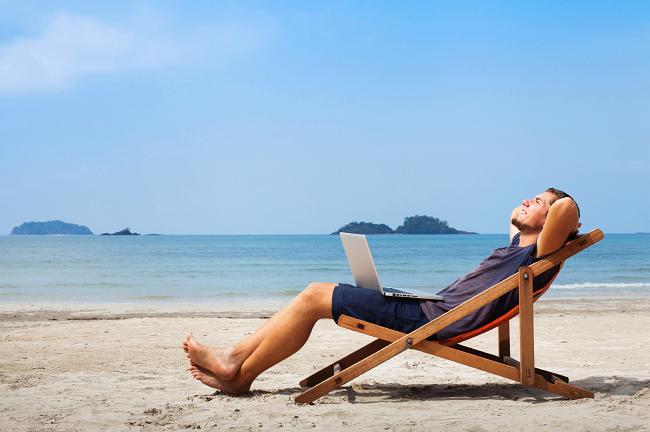 working-online-digital-nomad-asia