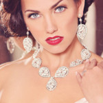 How to Look Your Best with Bridal Jewelry That Complements Your Face and Skin Tone