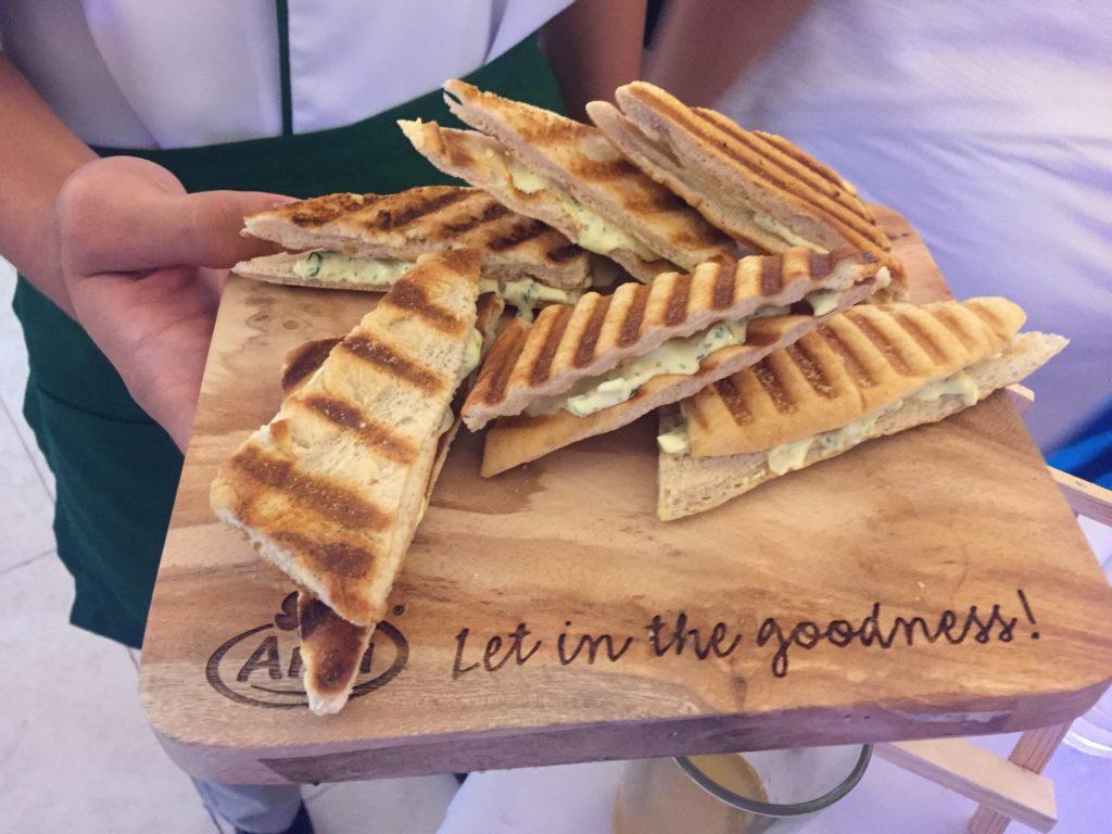 get-real, let-in-the-goodness, real-cheese-spread, arla-cheesy-spread, danica-sotto–pingris, rica-peralejo-bonifacio, amanda-griffin-jacob, chef-gino-gonzalez, chef-china-cojuangco -gonzalez, jens-christian-krogh-nielsen, paolo-serrano
