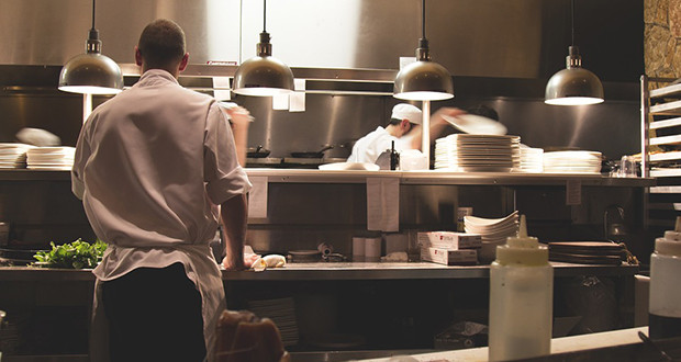 5 Tips to Conquer the Food Business Industry