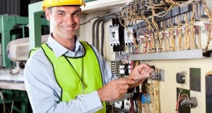 How To Choose An Electrician For Industrial And Commercial Purposes?