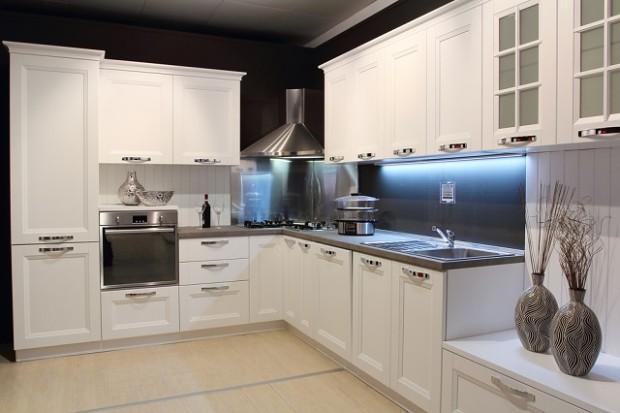 kitchen-glass-splashbacks, walnut-kitchen