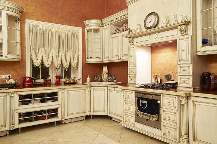 modern-kitchen-designs, lighting-kitchen-cabinets