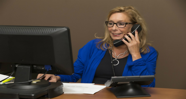 how-to-sound-professional-on-the-phone, phone-interview, phone-call, how-to-be-polite-on-the-phone, excellent-phone-conversation-tips