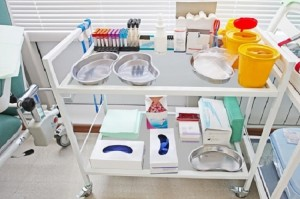 Tips to Find Stainless Steel Medical Emergency Trolley