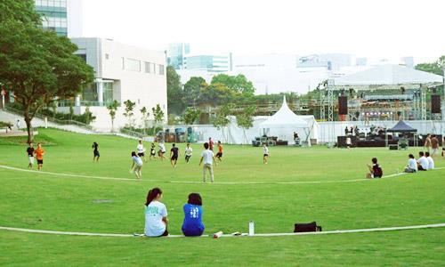 golfhill gardens, university town vibe, condo in quezon city, mid-rise condo