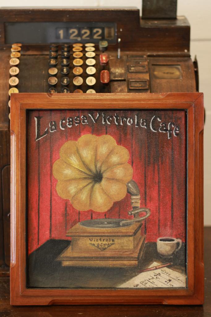 la-casa-victrola-cafe