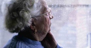 10 Signs That Your Loved One is suffering from Alzheimer