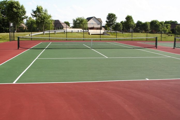 asphalt-tennis-court