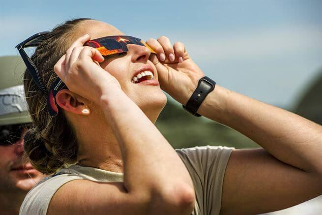 Solar E Glasses