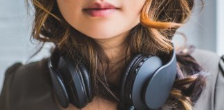 headphones-danger