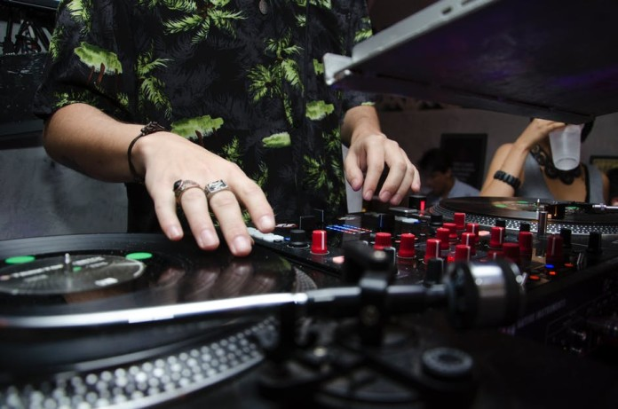 How to Be a Better DJ dj