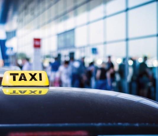 Airport-Maxi-Cab
