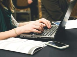 journalists Email Marketing content topics