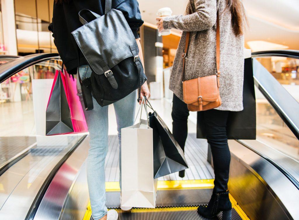 fc662c2614d4 Smart Shopping Tips for Buying Pre-Owned Designer Handbags - Negosentro