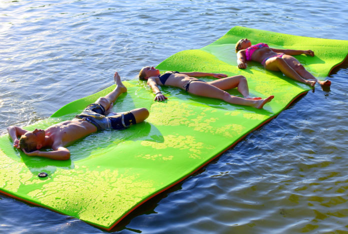 best floating water mat