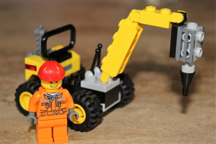 Build LEGO Blocks Like A Master