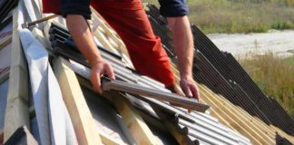 Installing_Clay_Roof_Tile
