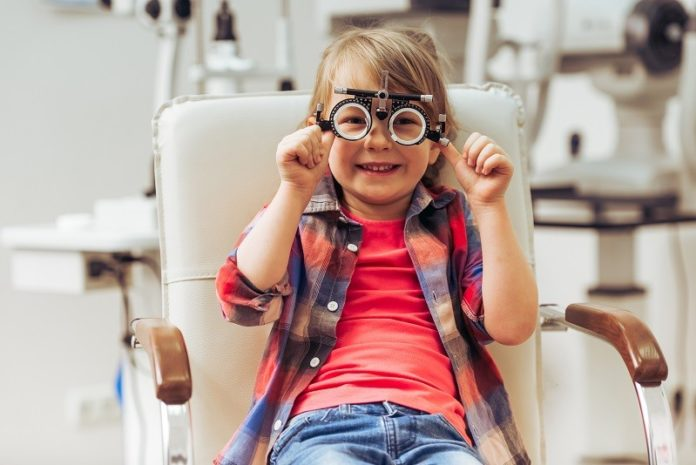 Tips for Purchasing the Right Childrens Glasses 2020-Negosentro
