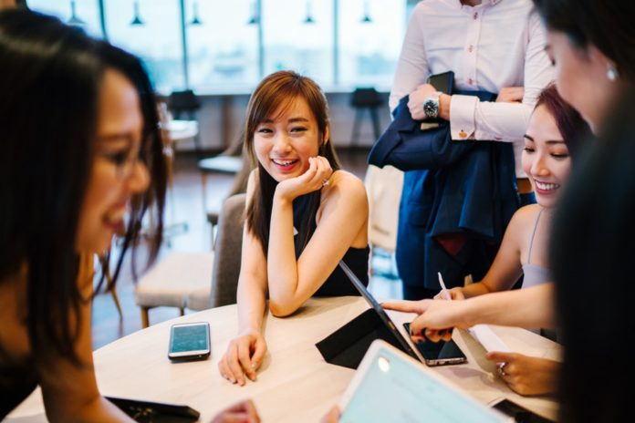 4 Ways to Create a More Positive Workplace Environment 2020-Negosentro
