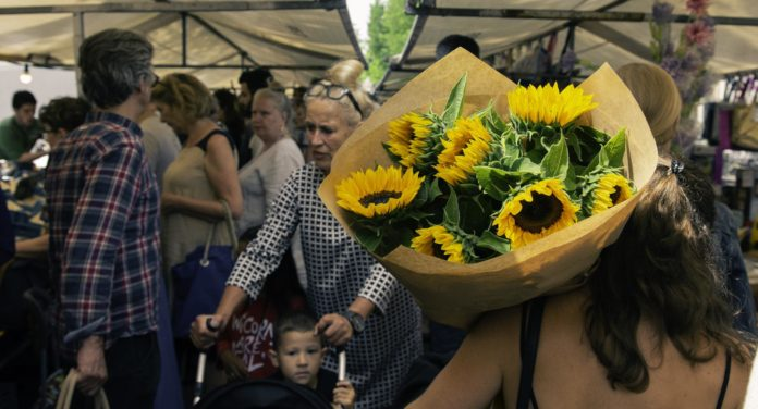 FAQ on Flower Delivery in London: Basics You Need to Know