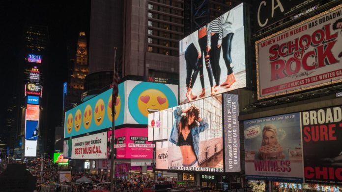 4 Golden Rules of Banner and Billboard Advertising