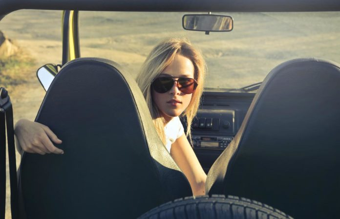 The Minimalist's Guide to Sunglasses