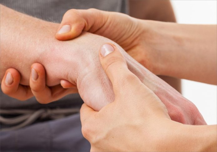 Why and When to See an Upper Extremity Specialist