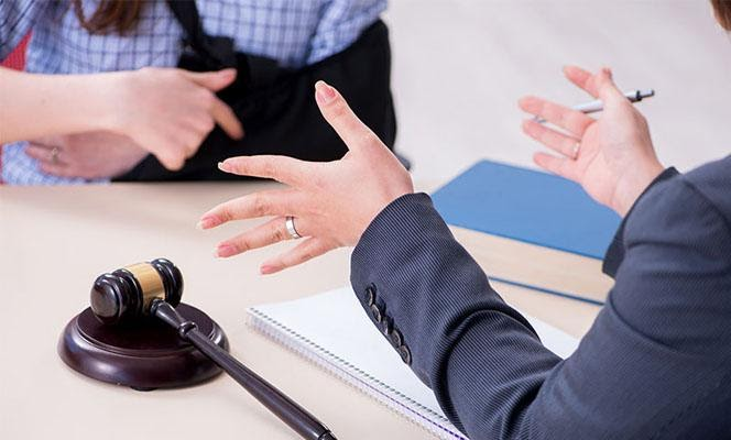 5 reasons to hire a Cedar Rapids injury lawyer