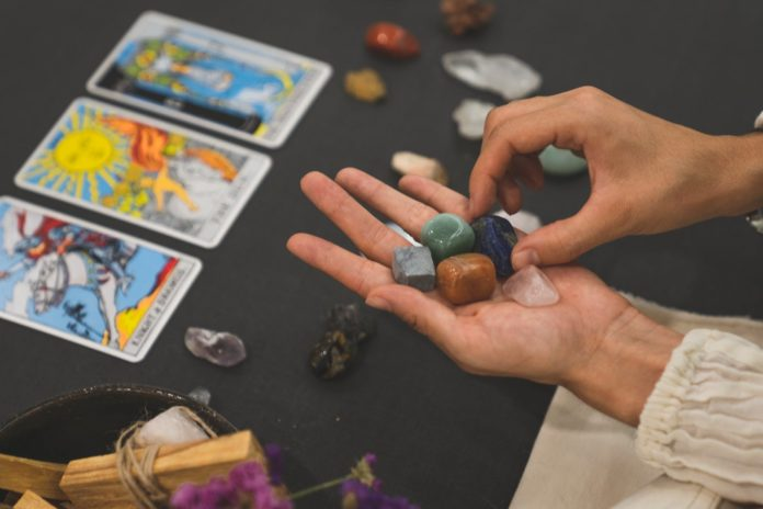 Things to Know About Tarot Card Reading