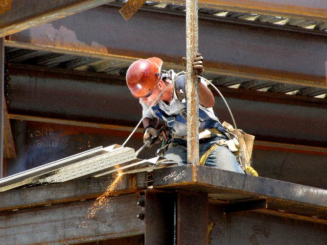 3 Effective & Surprisingly Simple Safety Tips for Lone Workers